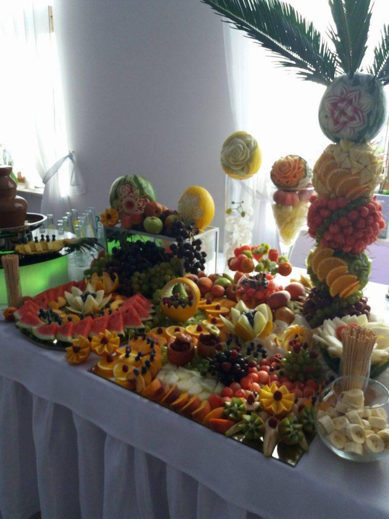 Palma owocowa, dekoracje owocowe, bufet owocowy Zajzad u Kwiatków Sompolno