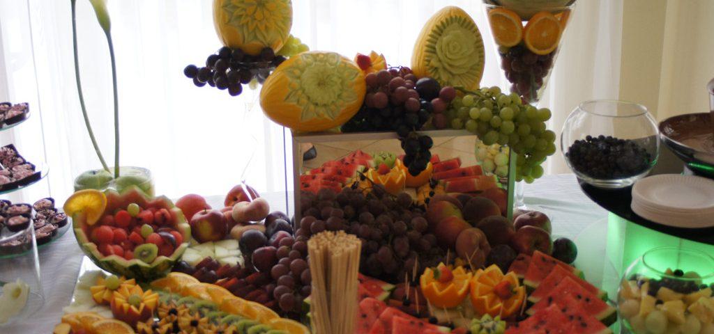 stół owocowy, dekoracje owocowe Turek, Konin, Kłodawa, Kalisz