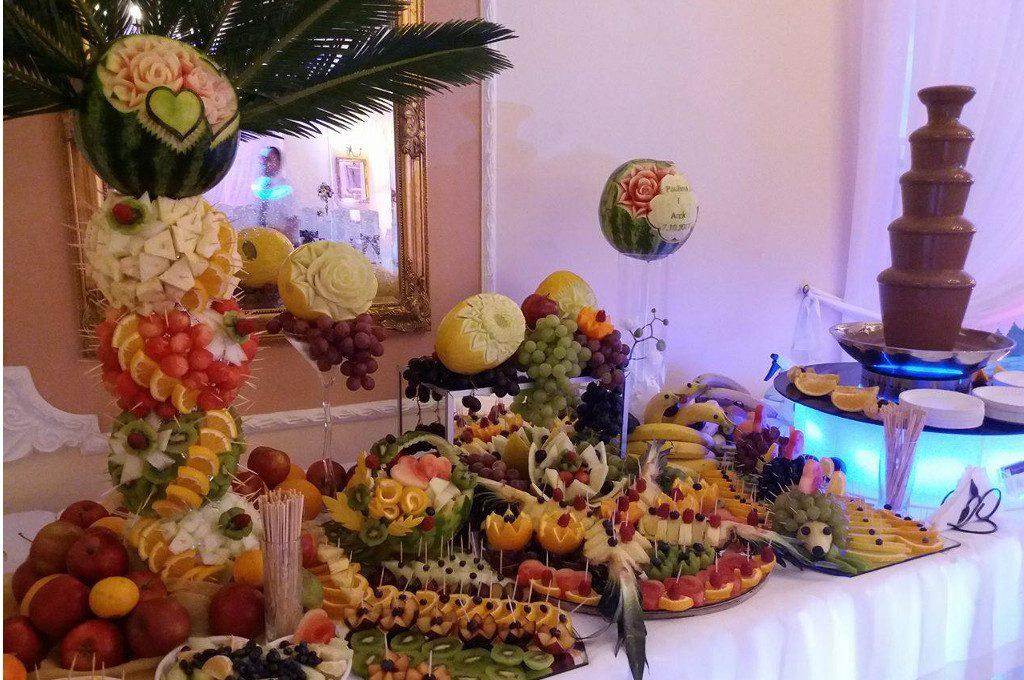 Bufet owocowy, fontanna czekoladowa, Zajazd Staropolski, Turek