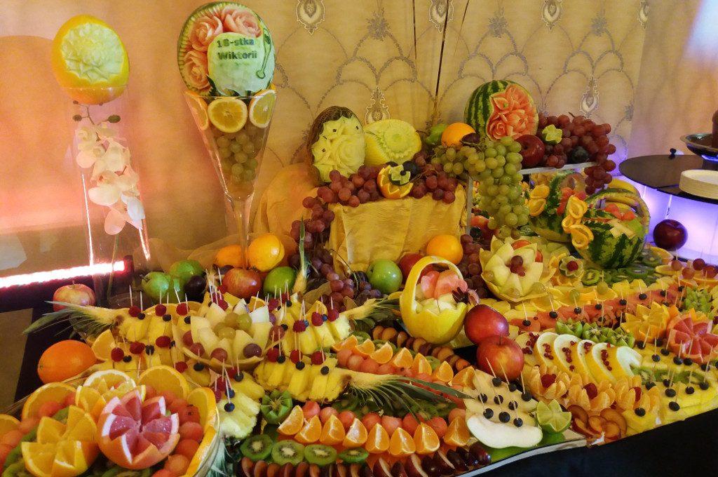 dekoracje owocowe, stół owocowy Kalisz