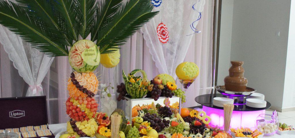 Bufet owocowy, fontanna czekoladowa na 18-stkę, dekoracje owocowe, Kolo, Turek, Kalisz, Konin, Sompolno,Ślesin