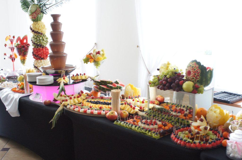 Dekoracje owocowe, fontanna czekoladowa, stół owocowy Turek, Koło, Konin, Kłodawa, Słupca