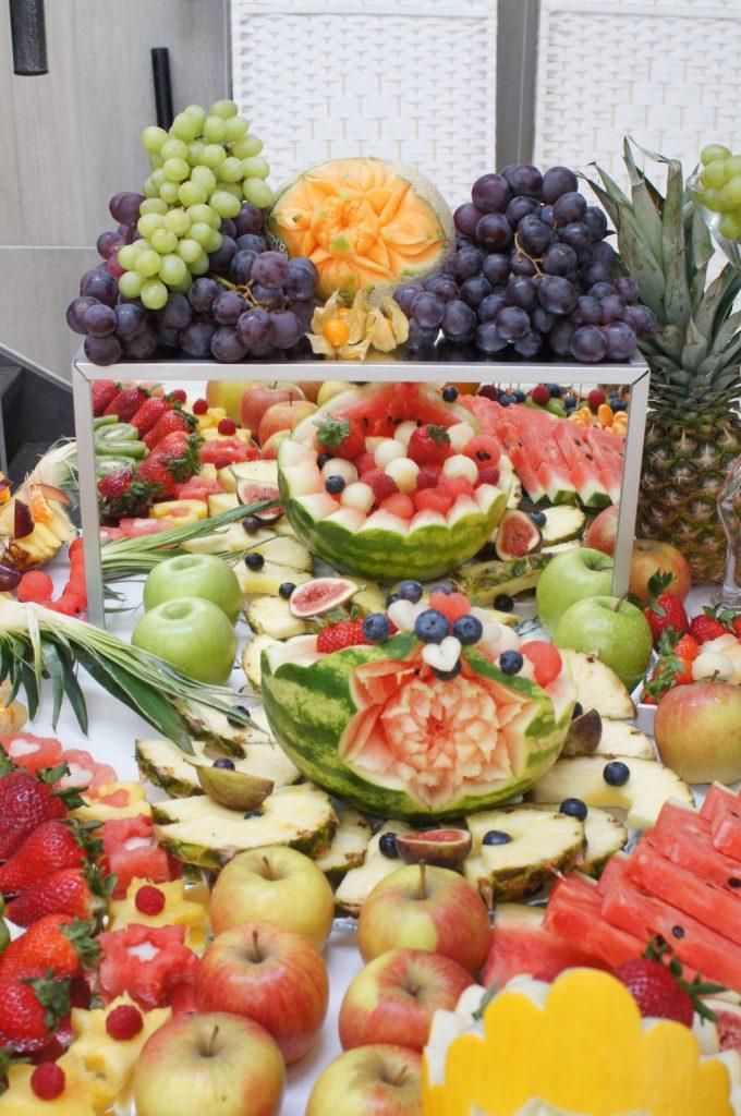 carving, fruit carving, bufet owocowy, stół owocowy Poznań, Warszawa Koło, Konin, Turek, Kłodawa