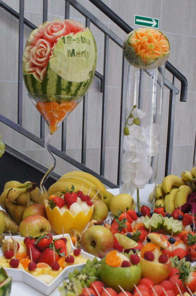 carving, stół owocowy, bufet owocowy, owoce na wesele Koło, Konin, Turek, Kłodawa, Kalisz, Włocławek