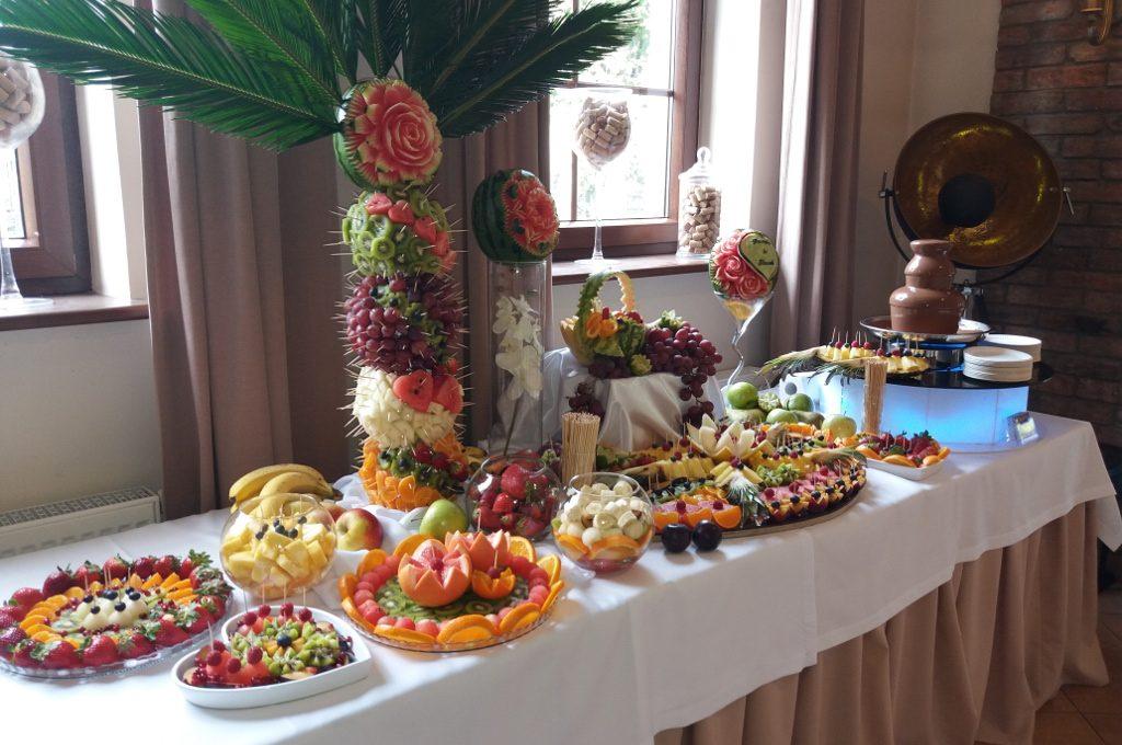 dekoracje owocowe, carving, atrakcje na przyjęcia