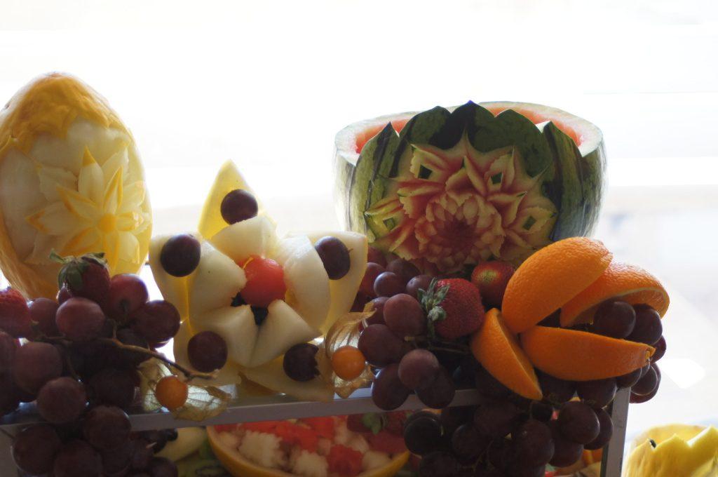 dekoracje owocowe, carving, stół owocowy Klisza Wola Grzymkowa