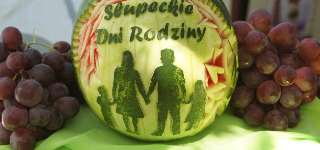 fruit carving, dekoracje owocowe, pokazy carvingu Turek, Koło, Konin, Słupca, Poznań, łódź