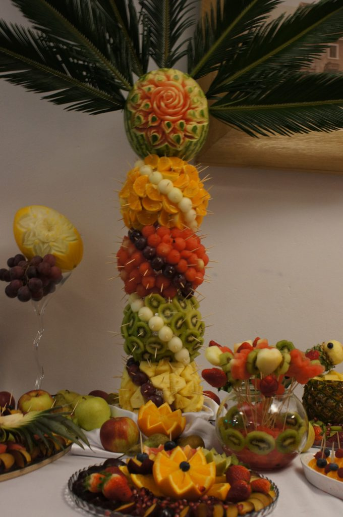 palma owocowa, dekoracje owocowe, carving Turkovia