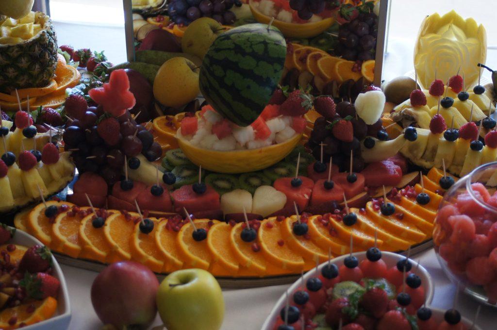 stół owocowy, bufet owocowy Turek, Łódź, Kalisz