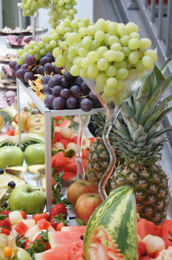 stół owocowy, kosze owocowe, dekoracje owocowe Koło, Konin, Turek, Kłodawa