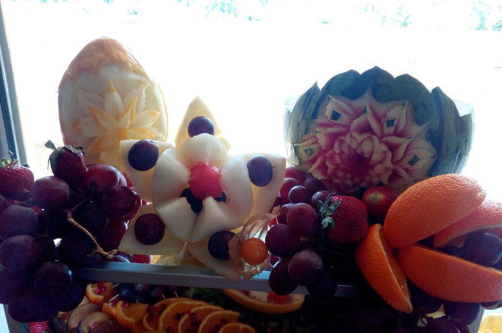 stół z owocami, dekoracje owocowe, bufet owocowy Koło, Turek, Łódź