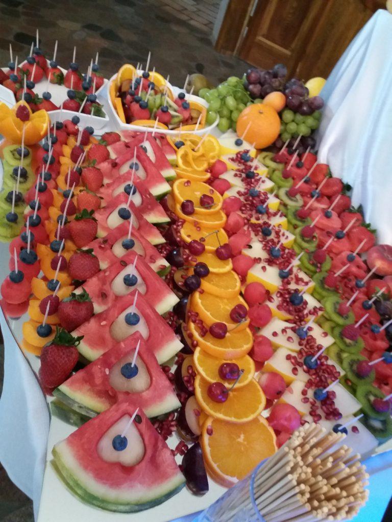 Tace owocowe, bufet owoowy, dekoracje owocowe Jaworowy Dom