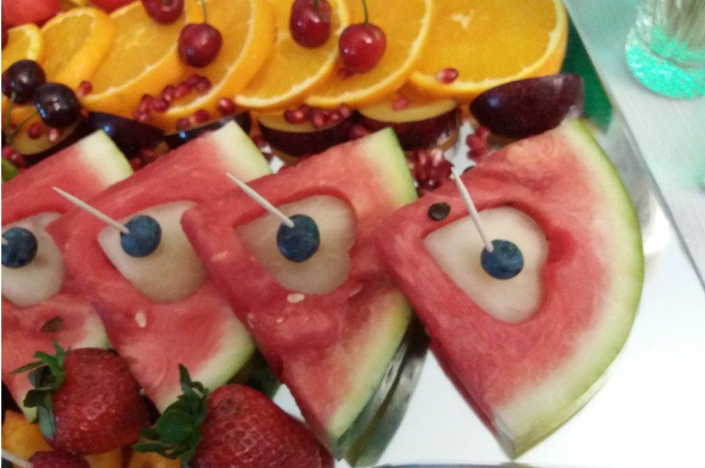dekoracje owocowe na wesele