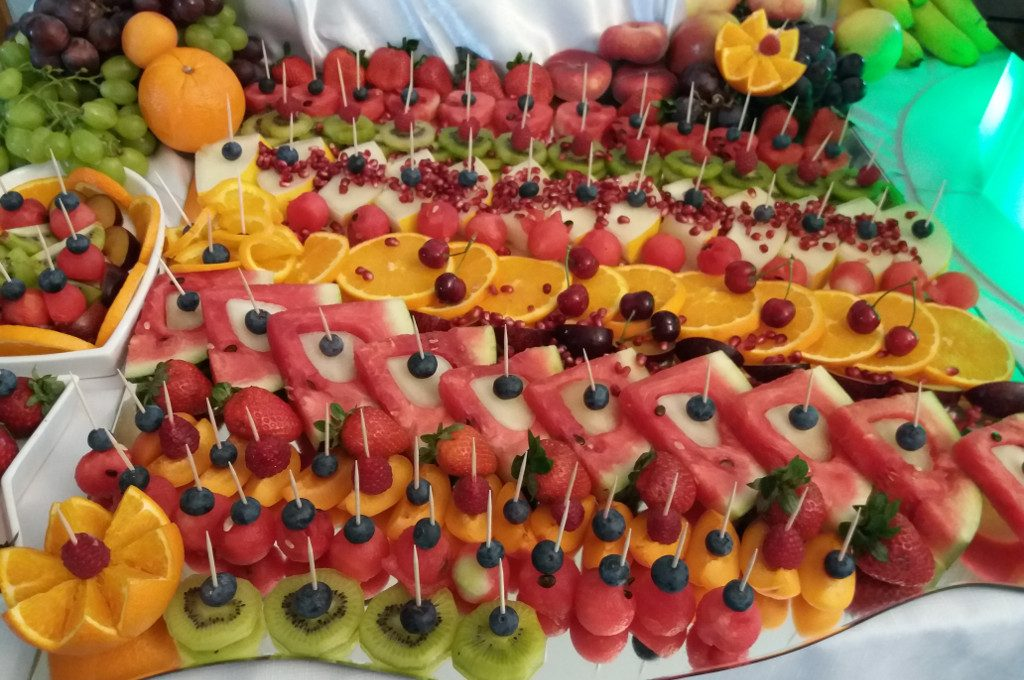 stół owocowy, bufet owocowy, owoce na wesele, Turek, Koło, Łódź, Poznań, Warszawa
