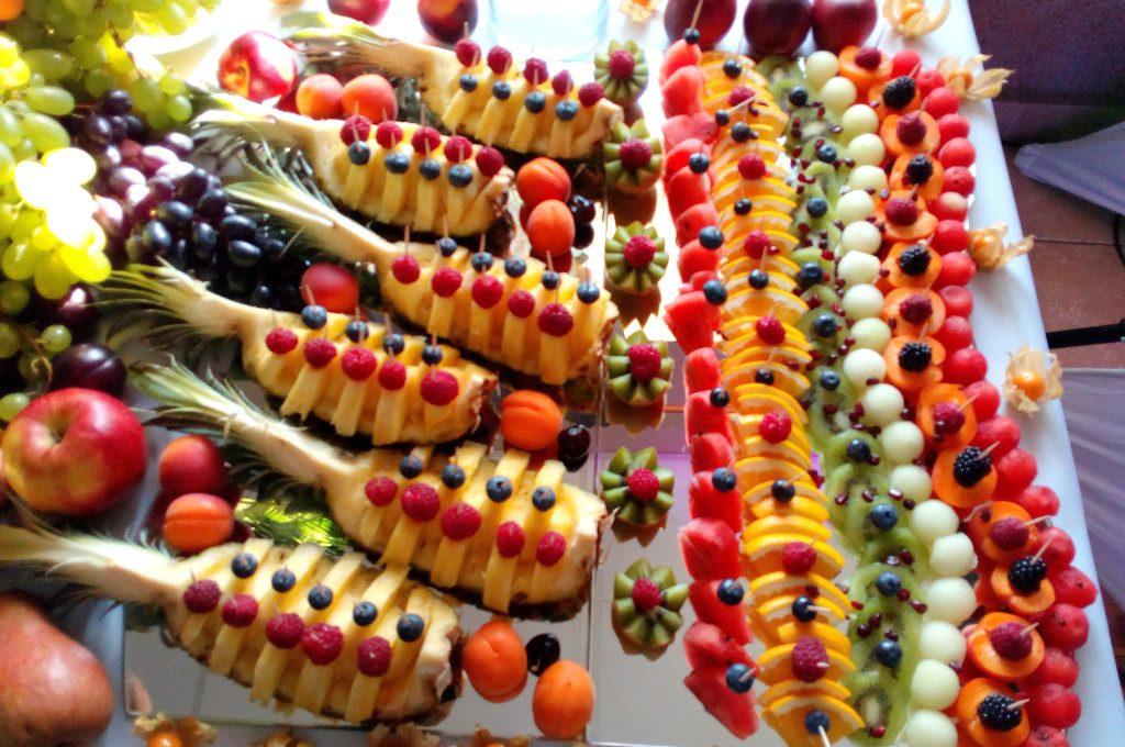 dekoracje owocowe, stół owocowy, fruit bar Turek, Koło, Łódź, 18-stka