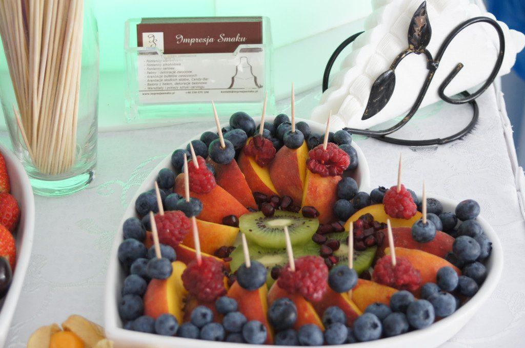 dekoracje owocowe, stół z owocami, fruit bar Kłodawa, Turek, Konin, Koło