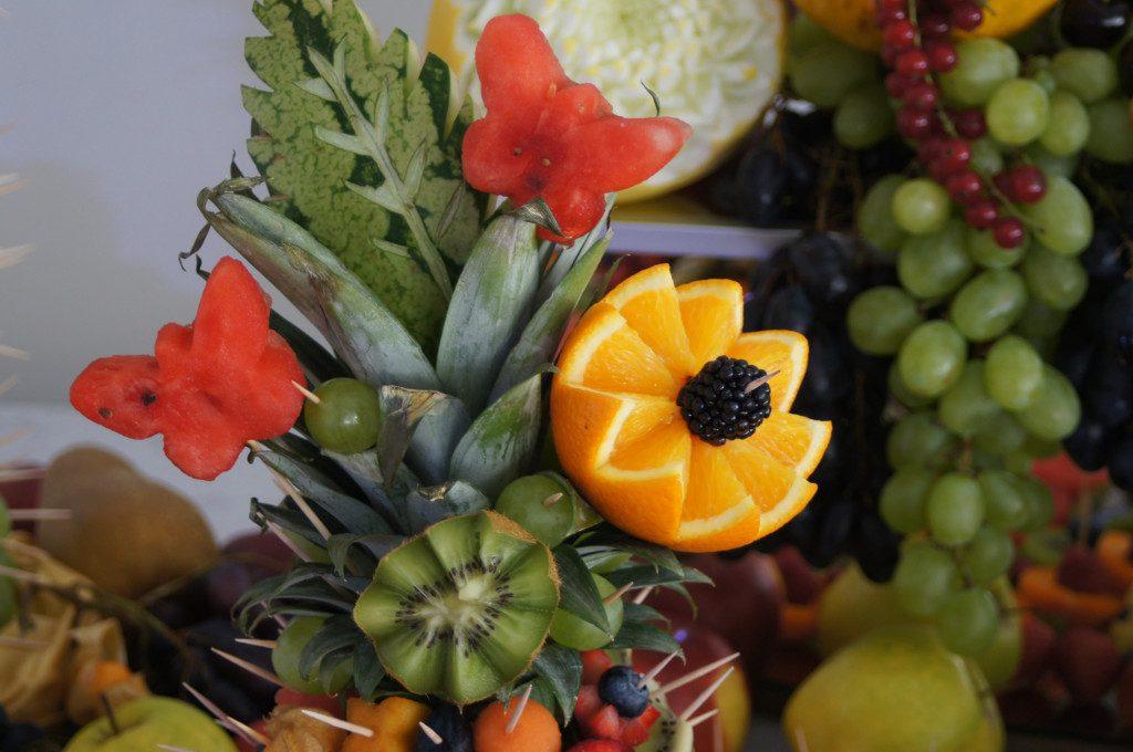 dekoracje z owoców, bufet owocowy, fruit bar, stół owocowy Turek, Koło, Konin, Izbica