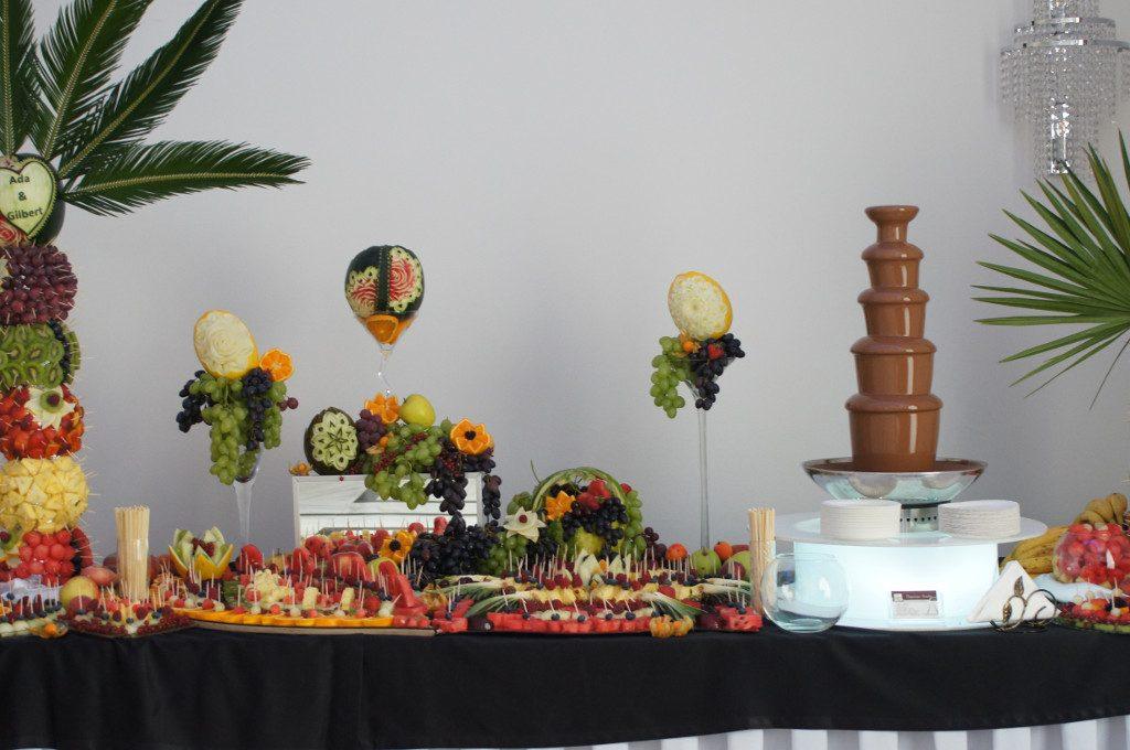 fontanna czekoladowa, stół owocowy, bufet owocowy, carving, Ligrana Palace