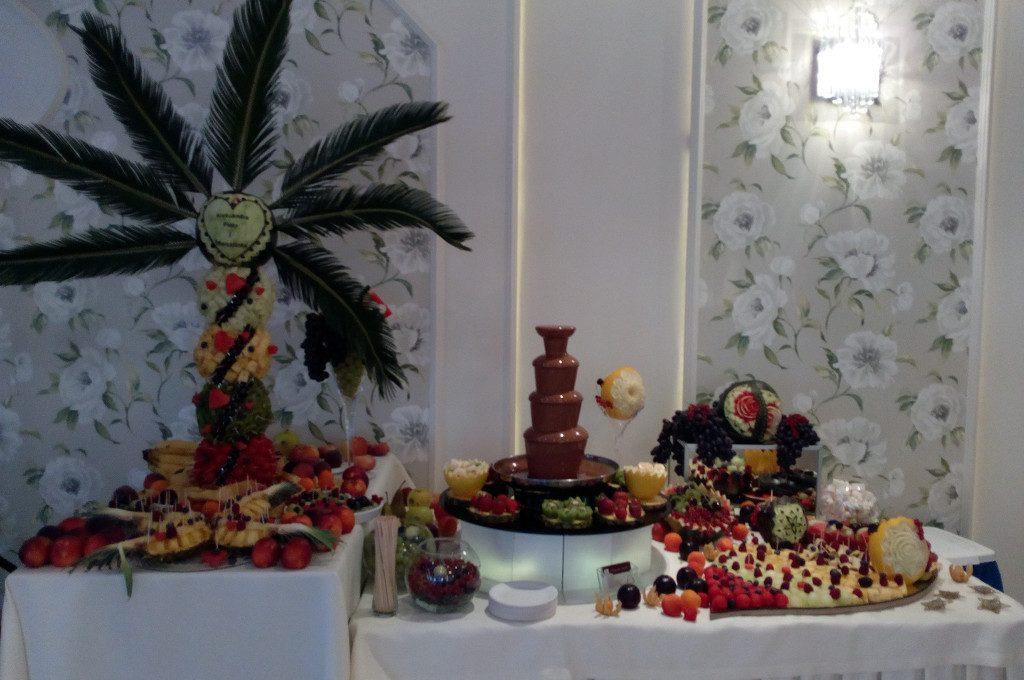 fontanna czekoladowa, stół z owocoami, fruit carving Koło, Turek, Łódź, Poznań