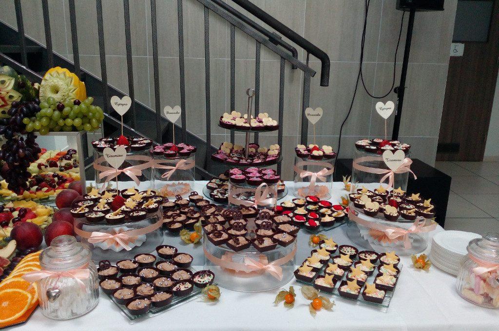 słodki stół, candy bar, czekoladki na wesele, słodkości na konferencję, bankiet, event firmowy Turek, Koło, Konin, Kłodawa,Łódź