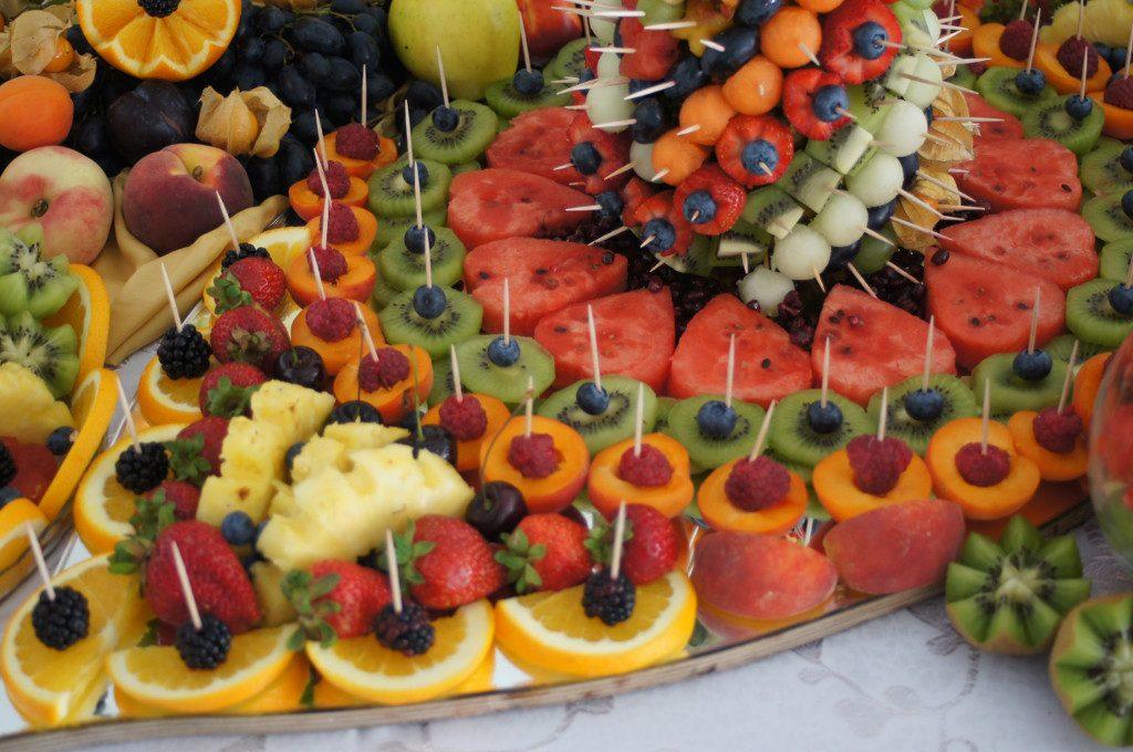 stół z owocami, Fruit carving, deoracje owocowe, carving na ślub, Turek, Poznań, Włocławek, Łódź