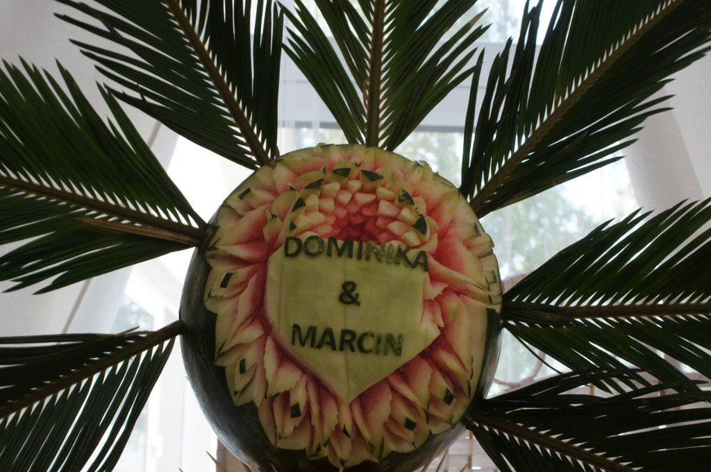 carving, fruit bar, dekoracje owocowe, stół z owocami, palma owocowa
