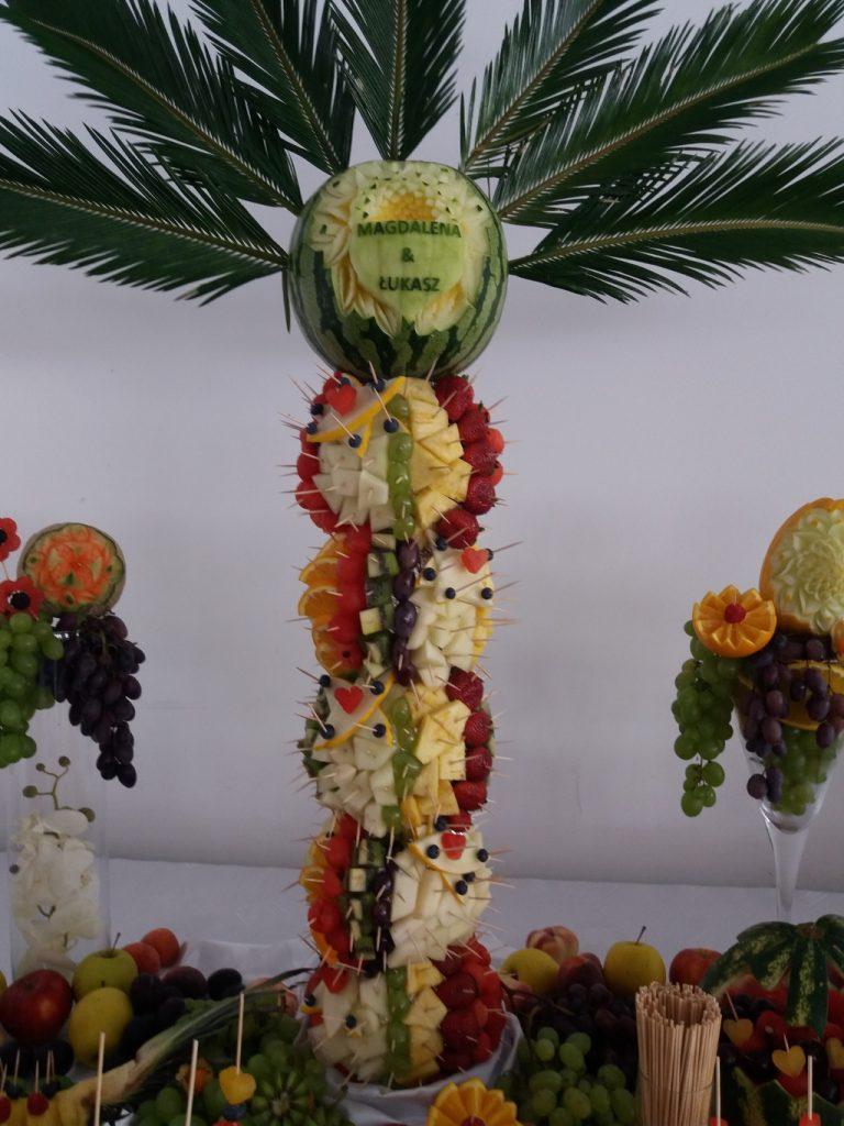 palma owocowa, stół owocowy, carving, fruit bar Hacjenda Malanów