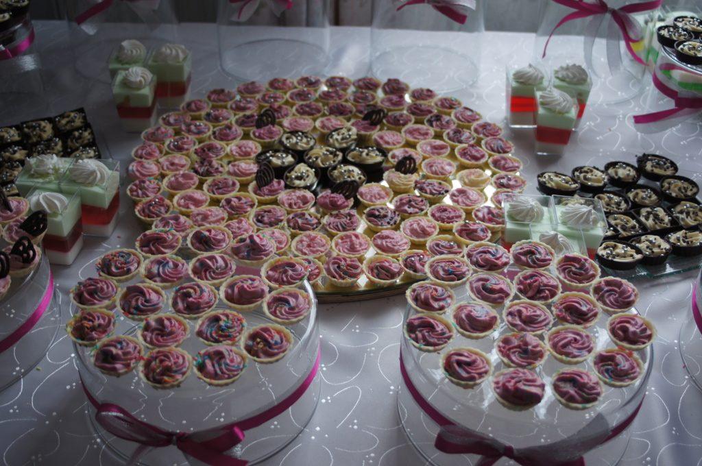candy bar, słodki stół
