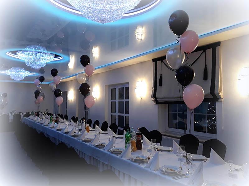 dekoracje balonowe na 18stke-wesele-bal-karnawałowy-sylwestra-balony z helem bukiety balonowe stroiki blonowe na stoły