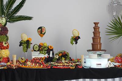 fontanna czekoladowa, stół owocowy, palma owocowa, dekoracje z owoców, fruit carving Hacjenda, Malanów
