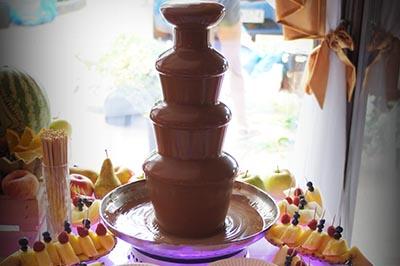 fontanna z czekoladą Koło, fontanna czekoladowa Łódź, fontanna czekoladowa Kalisz, fontanna czekoladowa Turek, fontanna czekoladowa konin, fontanna czekoladowa Ślesin