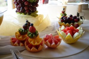 Dekoracje z owoców, palmy owocowe, fontanny czekoladowe, alkoholowe