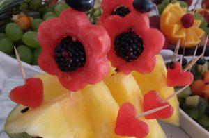 dekoracje owocowe Hacjenda Malanów, stół z owocami, bufet owocowy, STÓŁ OWOCOWY Hacjenda Malanów