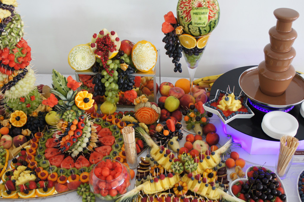 Stół Owocowy Dekoracje Z Owoców Fruit Carving Impresja