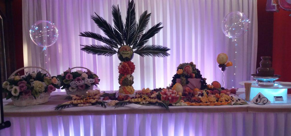 dekoracje owocowe Leśna Nuta Kiejsze, stół z owocami, bufet owocowy, STÓŁ OWOCOWY Turek