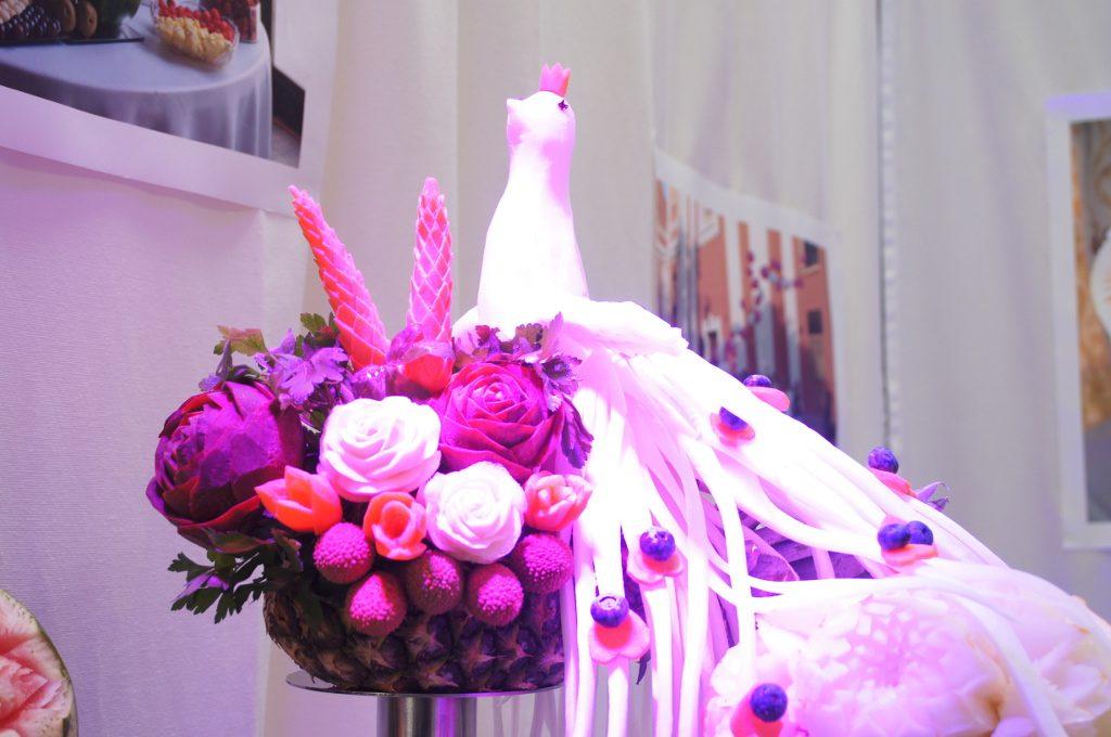 dekoracje z owoców, stół owocowy, stół z owocami, fruit carving Koło, Turek.JPG