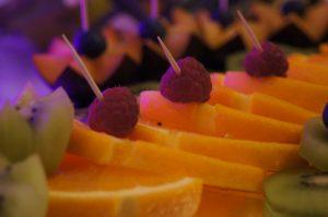 fruit carving, stół owocowy Turkovia, stół z owocami, dekoracje owocowe Turkovia w Turku, carving Konin