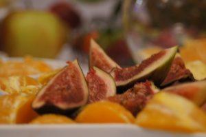 fruit carving, stół owocowy Turkovia, stół z owocoami, dekoracje owocowe Turkovia w Turku, carving Konin