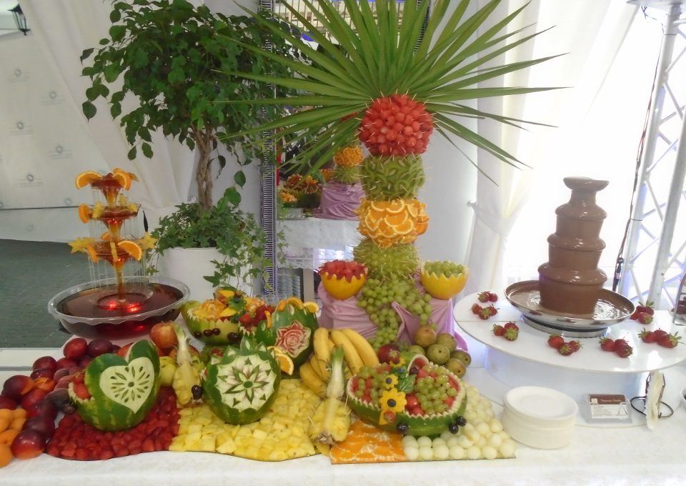 palma owocowa średnia, palma z owoców Biały Fortepian Koło, Turek, Kalisz, Ostrów Wlkp.