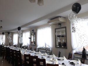srebrno czarne dekoracje z balonów, balony na 18stkę, dekoracje balonowe, balony z helem turek, Łódź, koło, konin