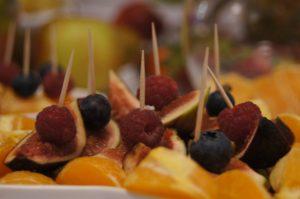 stół owocowy Turkovia, fruit carving, stół z owocami, dekoracje owocowe Turkovia w Turku, carving Konin