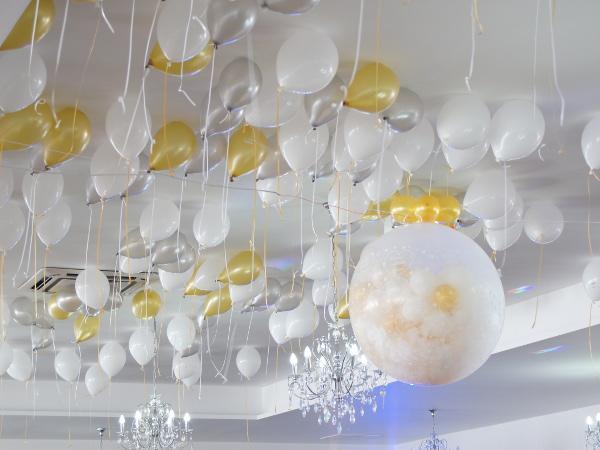 strzelający balon, wybuchowy balon gigant, ogromny strzelający balon