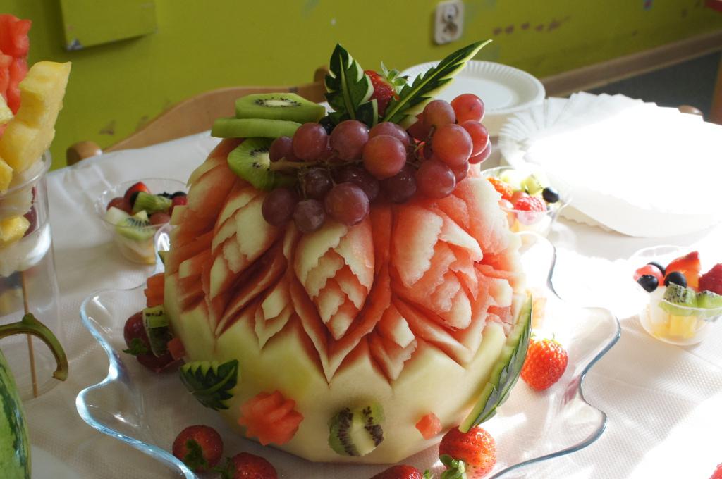 tort owocowy, tort z arbuza, owocowe przyjęcia dla dzieci, fruit party, owoce na imprezę dla dziecka Koło, Konin, Turek, Kłodawa, Sompolno