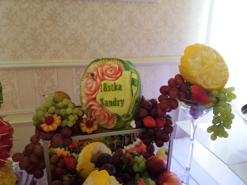 dekoracje owocowe, stół owocowy, fruit carving Pabianice
