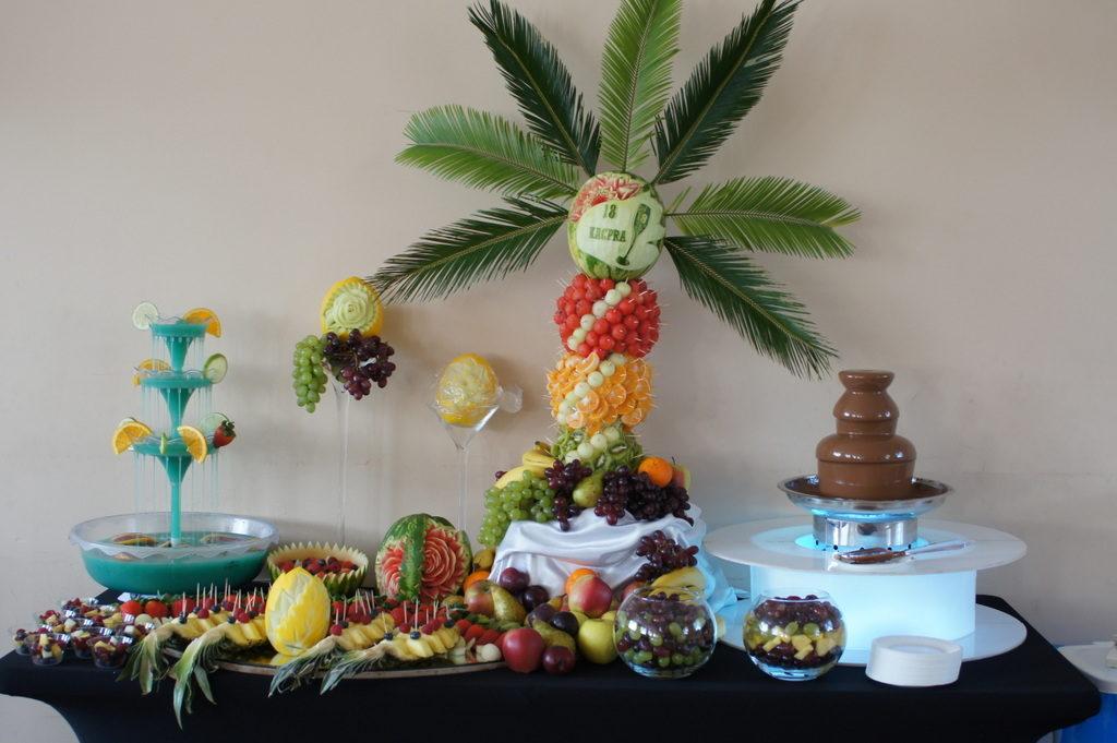 fontanna alkoholowa Koło, stół owocowy na 18stkę Koło, stół owocowy Kalisz, fontanna czekoladowa Konin