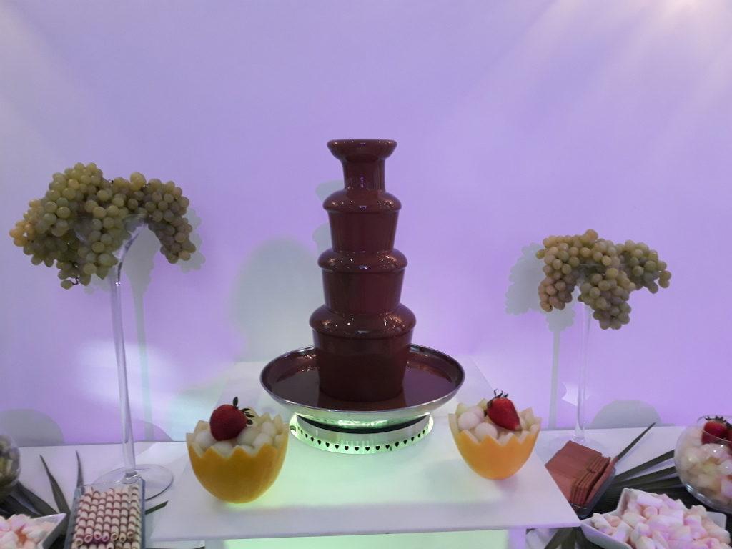 fontanna z czekolady Cristal Rzgów, fontanna czekoladowa Łódź, fontanna cze