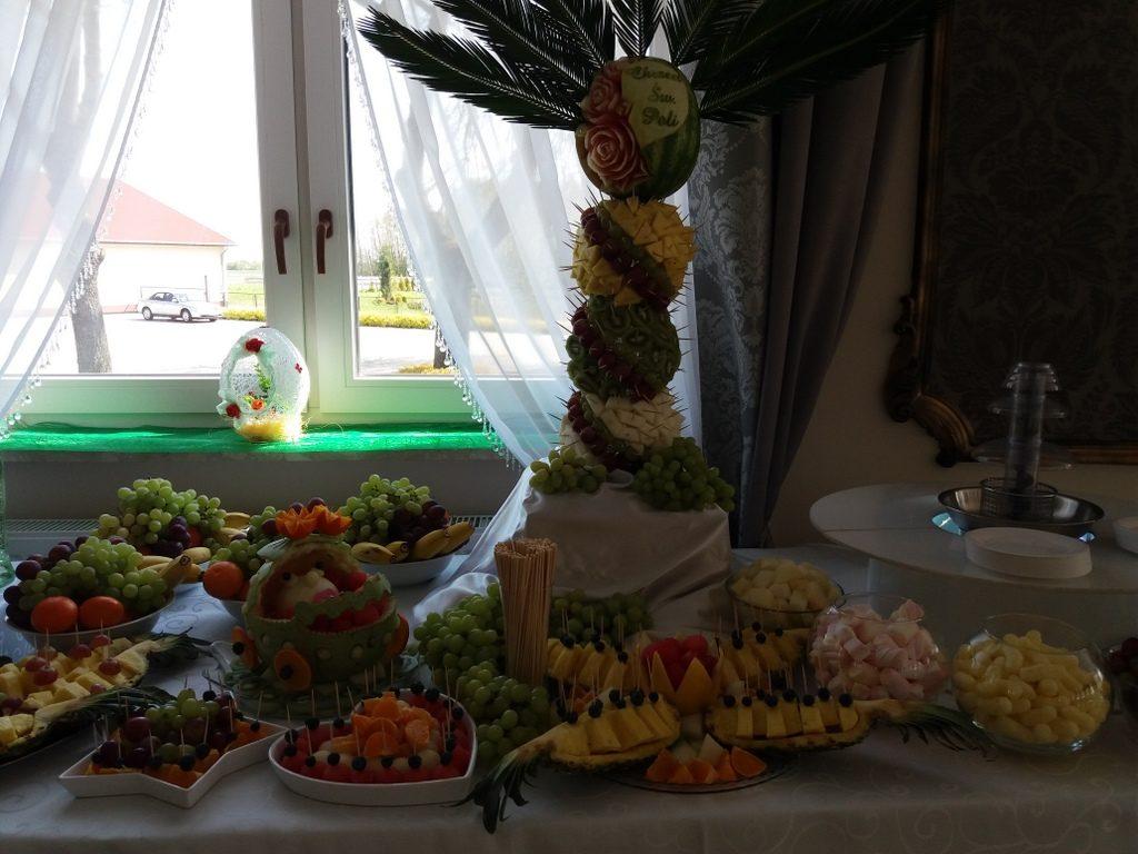 palma owocowa, dekoracje owocowe, fruit carving, fontanna czekoladowa Dąbie Kujawskie
