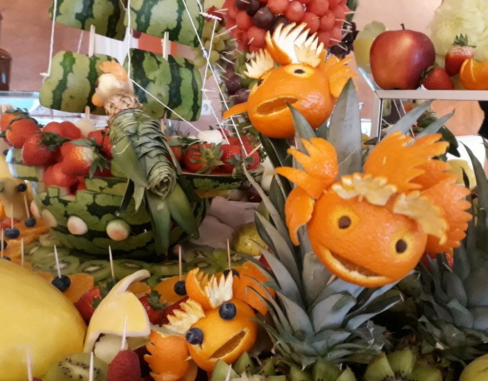 dekoracje owocowe, atrakcje dla dzieci, zdrowe przekąski dla dzieci, stół owocowy dla dzieci Turek, Koło, Konin, Słupca