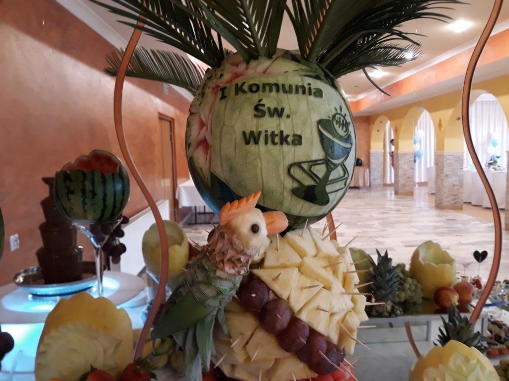 palma owocowa, stół owocowy, candy bar, dekoracje owocowe, dekoracje balonowe na I Komunię Koło, Turek, Izbica kuj., Koni
