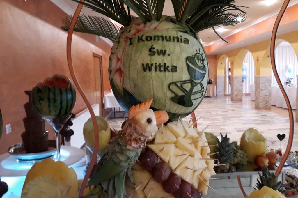 palma owocowa, stół owocowy, candy bar, dekoracje owocowe, dekoracje balonowe na I Komunię Koło, Turek, Izbica kuj., Konin